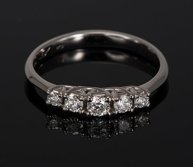 Inel din aur alb de 14k cu diamante de 0.29 ct.