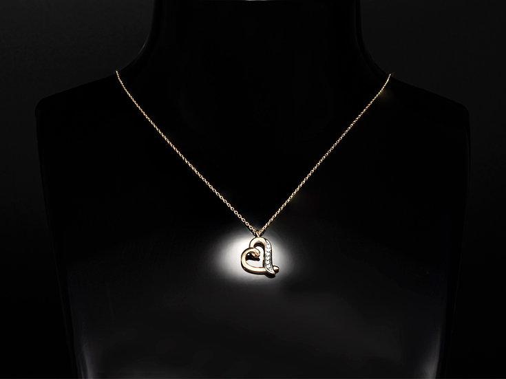 Lant de dama din aur galben de 14k cu pandant cu diamante de 0.03 CT.