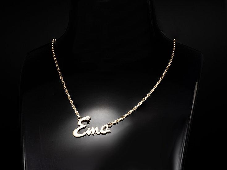 Lant de dama din aur galben de 14k cu pandant nume cu diamante de 0.015 ct.