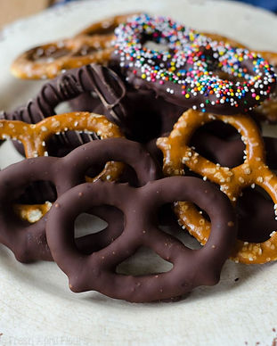 choc-pretzels-3-680x853.jpg