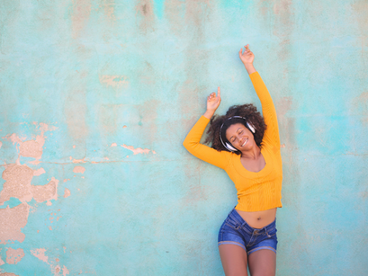 5 WAYS DANCE CAN IMPROVE YOUR HEALTH AND WELL-BEING