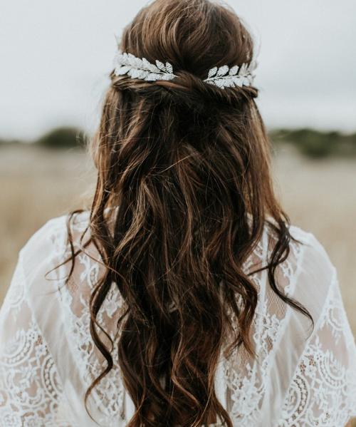 Bridal hair accessories for the modern bride by Eden B Studio.