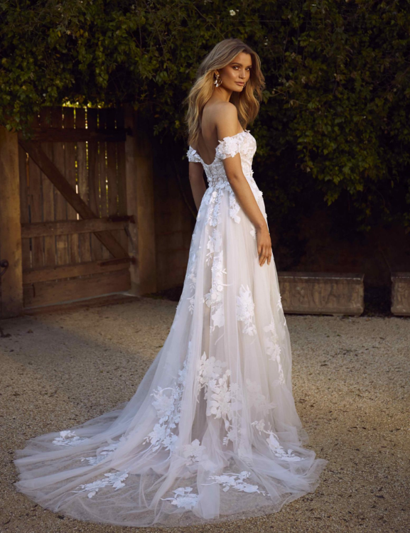 Madi Lane Elora Wedding Dress