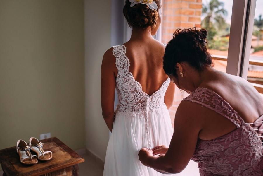 Vestido de noiva leve praia