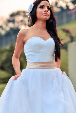 Vestido de noiva faixa rosa
