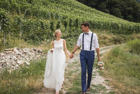 Natürliche-Hochzeitsfotos-Hochzeit-Hochzeitsfotografin-Schweiz-Bodensee-Ravensburg-Brautpaarshooting