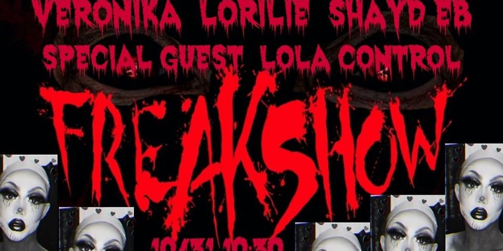 Versace's Freakshow