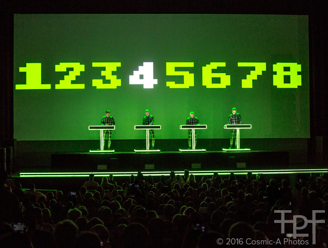 Kraftwerk - Numbers  PC: Cosmic-A Photos