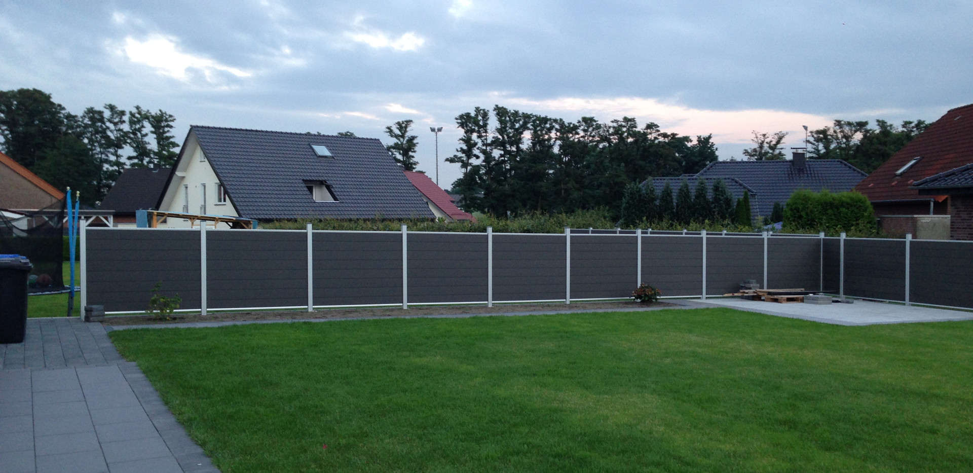 Tranditional fence project pictures (1).