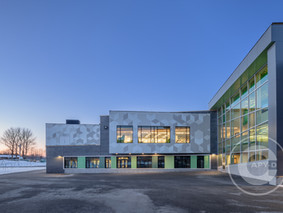École Louis-Cyr
