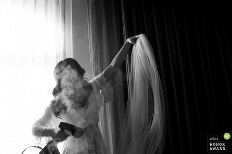 Real Wedding Photography, wedding photojournalist association award photographer, top 100 documentary photographer in the world