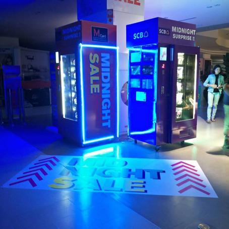 The Mall Midnight Sale Sampling Machine
