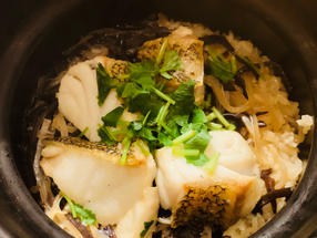 仁淀川木耳海鱼石锅饭
