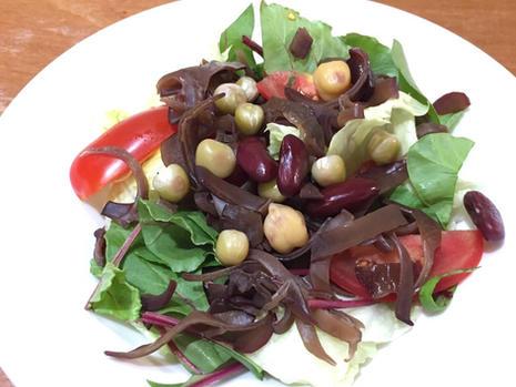 wood ear and bean salad