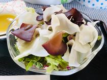 白黒きくらげと野菜サラダ