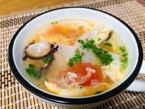 白黒木耳番茄鸡蛋汤