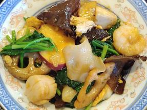 Niyodogawa wood ear seafood stir fry