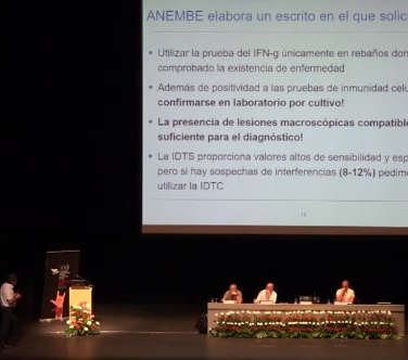 Congreso ANEMBE Junº 2017 - Vaca TV  (Atresmedia.es) - Ldo. Alfonso Monge (Monge Veterinaerios - Madrid)