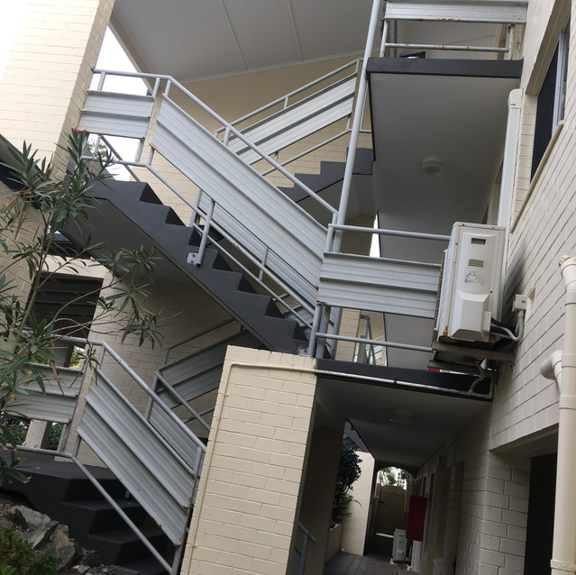 Conspar was engaged by the owners of this residential strata-managed complex in Cottesloe (Perth) to a) carry out concrete cancer treatment at the balustrades and soffits of the complex and b) install Conspar's 5-layer waterproof floor coating system (8 times more abrasion-resistant than concrete) to help protect surfaces from future water penetration that could otherwise lead to concrete cancer  developing again.