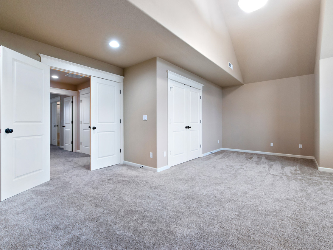 555 SW 140th Ave (21 of 38).jpg