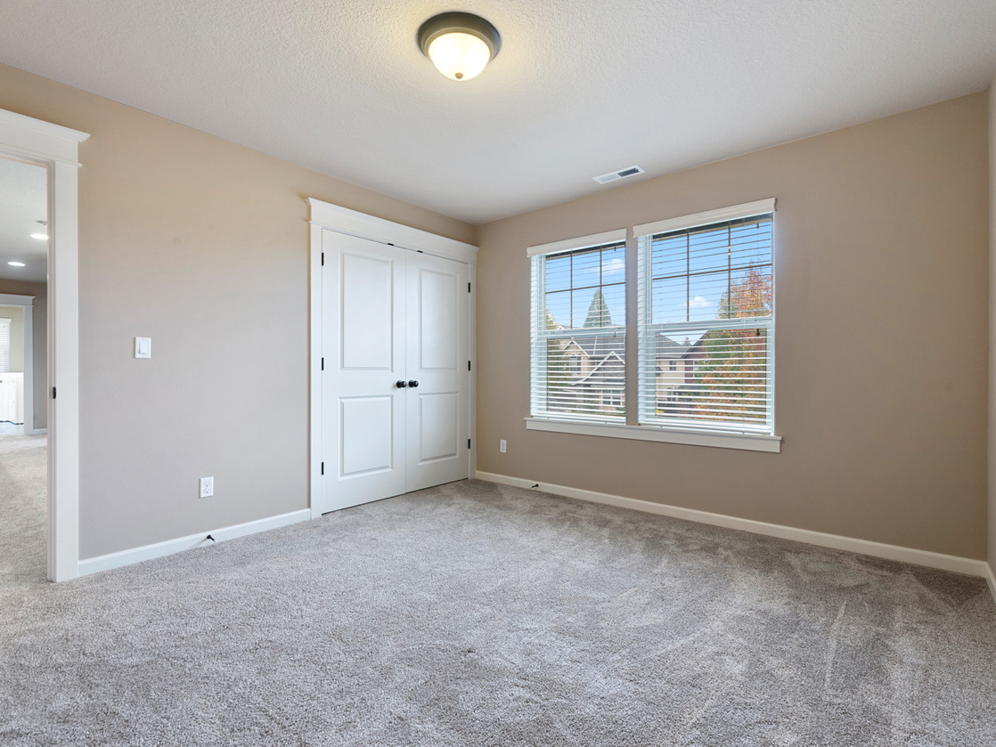 555 SW 140th Ave (22 of 38).jpg