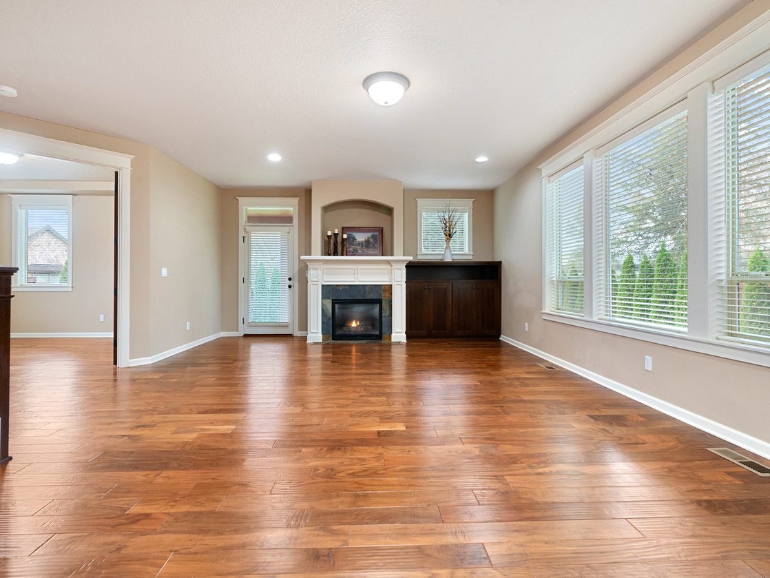 555 SW 140th Ave (38 of 38).jpg