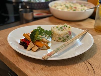 Chop suey de poulet et son riz Cantonnais 15€