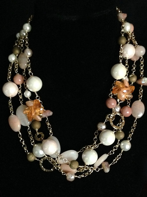 Allison Necklace in peach