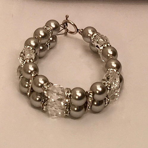 Eva Bracelet in Soft Grey