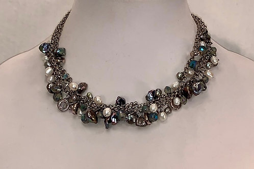 The Grace Necklace in black