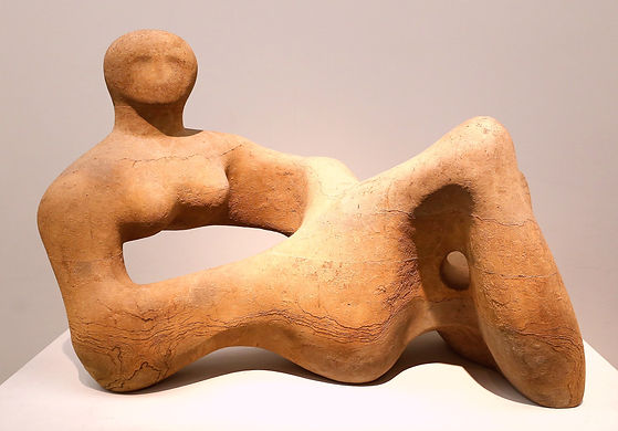 Recumbent Figure (1938) Tate Museum, London