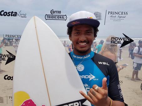 Carlos Muñoz: ganador del Powerade Surf Open Acapulco 2017