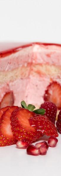 Erdbeersahne mit Erdbeer-Fruchtspiegel