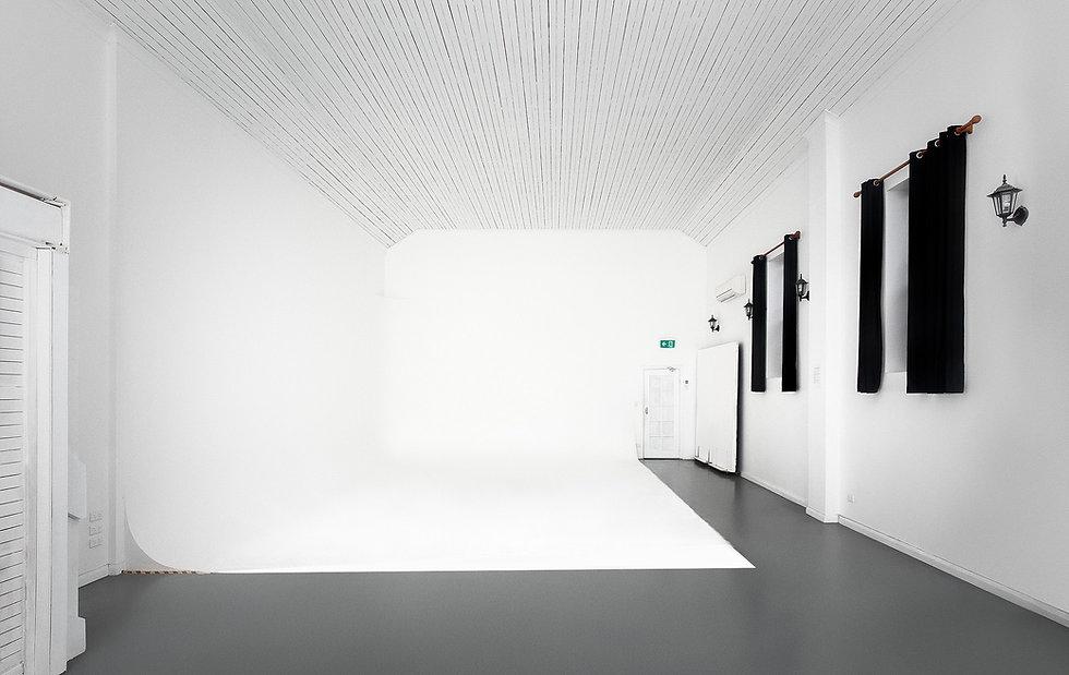 Tempe Studios White Cyclorama Wall