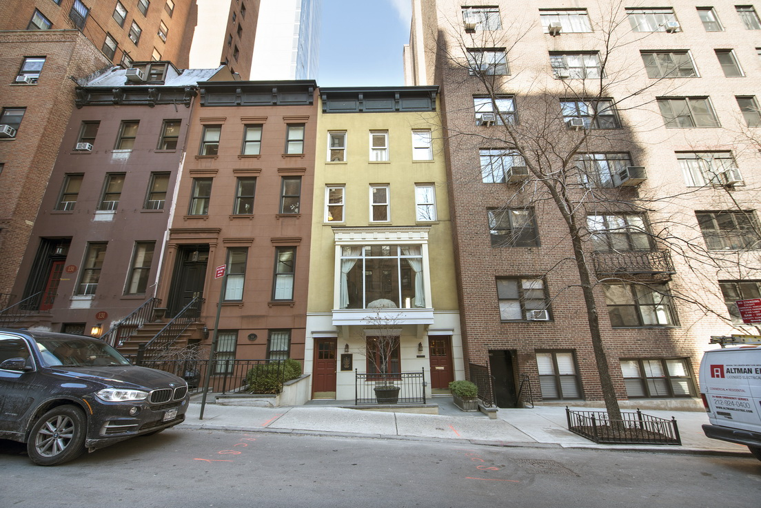 135 East 38th Street Townhouse__1_resize.jpg