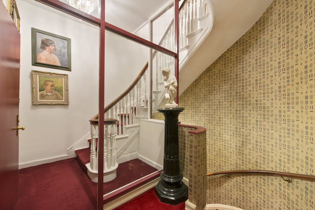 135 East 38th Street Townhouse__8_resize.jpg