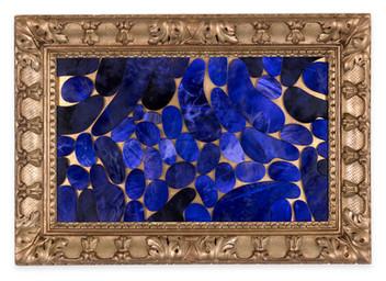 Âlem İçindedir 2, 2020 Şasiye gerilmiş boyanmış parşömen Altın varaklı çerçeve 81 x 116 cm