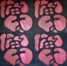İsimsiz, 2010 Şasiye gerilmiş kumaş ve boyanmış parşömen 100 x 100 cm
