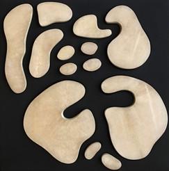 İsimsiz, 2017 Şasiye gerilmiş kumaş ve parşömen 50 x 50 cm
