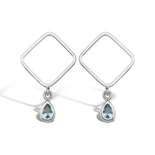 mavi damla zirkon taşlı küpe kare formlu modern görünüşlü 925 ayar gümüştür.