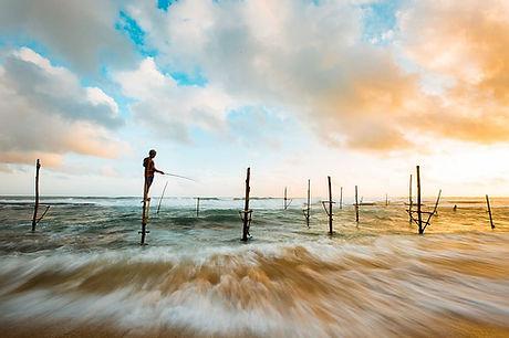 wafe-ocean-fishing-sky.jpg
