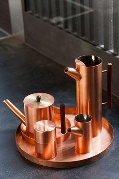 Service à thé contemporain en cuivre fabriqué au Japon