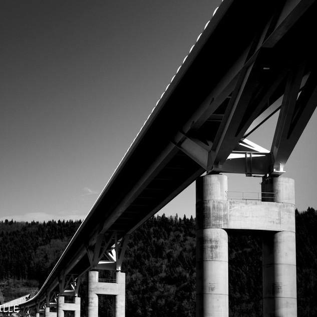 Ouvrage d'art. Viaduc en Isère