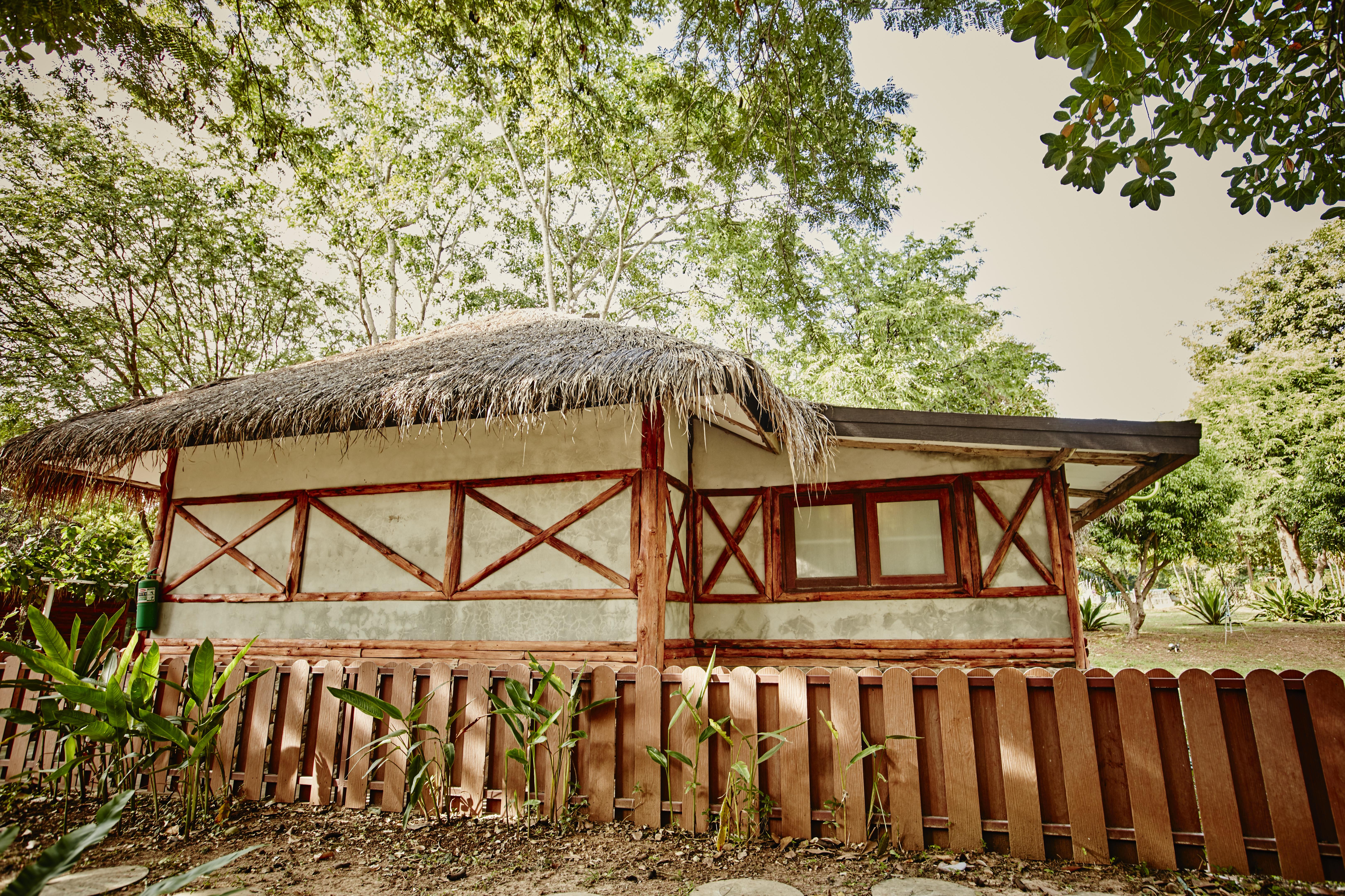 Kong Garden - Hut