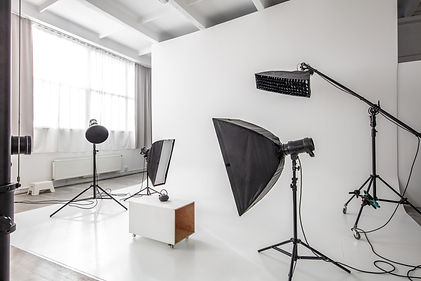 photographic-studio-space-PK7MSH4.jpg