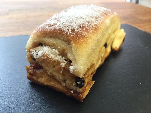 Small Lardy Cake