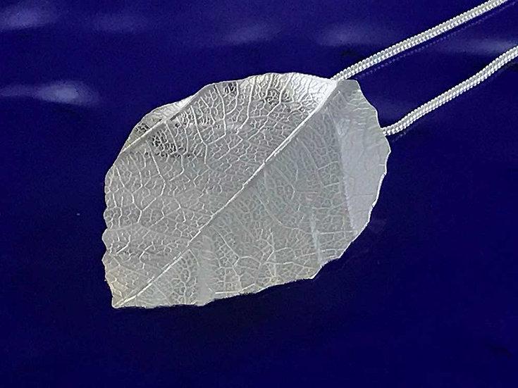 Beech leaf pendant