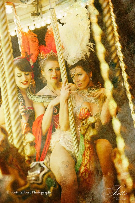 Snakes & Ladies - Neon Moon - Anstey Hall