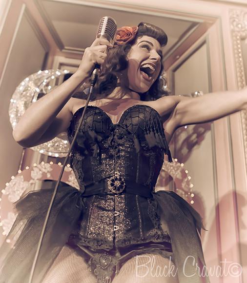 Natalya Umanska - Neon Moon - Anstey Hall