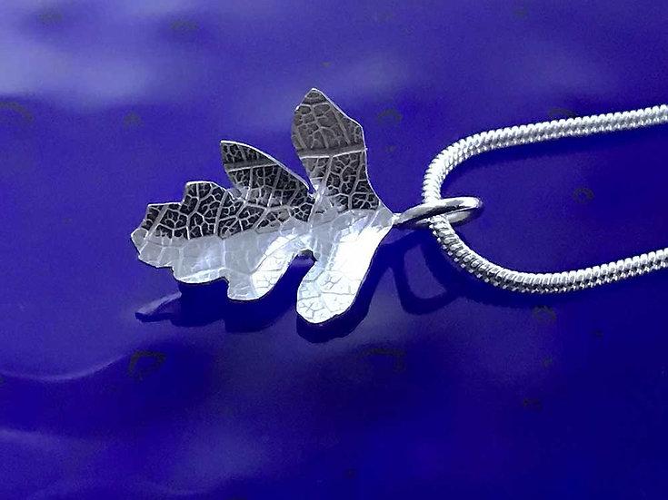 Hawthorn pendant